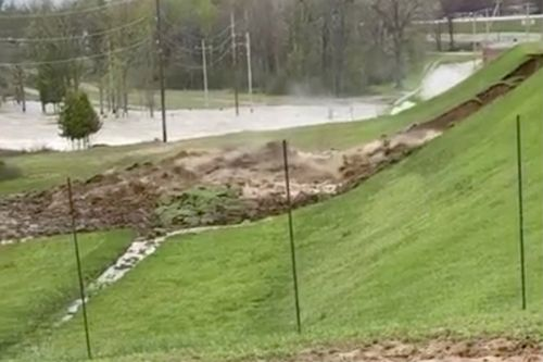 Video shows moment Michigan dams burst forcing thousands to evacuate