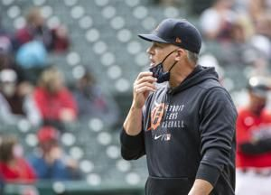 LEADING OFF: Hinch back in Houston, Mets in weather mess