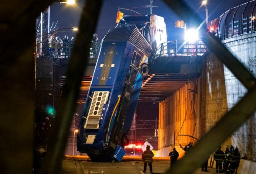 Dramatic images show bus hanging off New York City overpass; driver refuses drug test