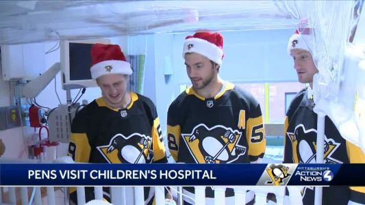 Pittsburgh Penguins deliver gifts to patients at Children's Hospital