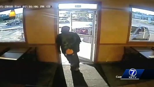 Crime Stoppers: Subway near 24th, Cuming robbed