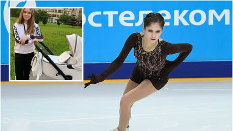 'Summer births are beautiful': Olympic figure skate champ Lipnitskaya shows off 1st pictures enjoying outing with newborn