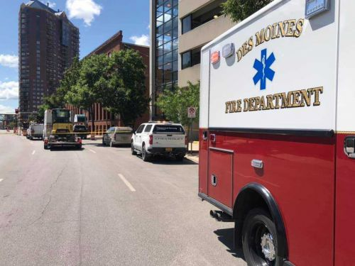 Police: 2 downtown Des Moines streets closed due to gas leak