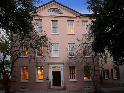 A historic Charleston mansion that survived over 200 years of wars, earthquakes, and hurricanes is on the market for nearly $10 million. Take a look inside