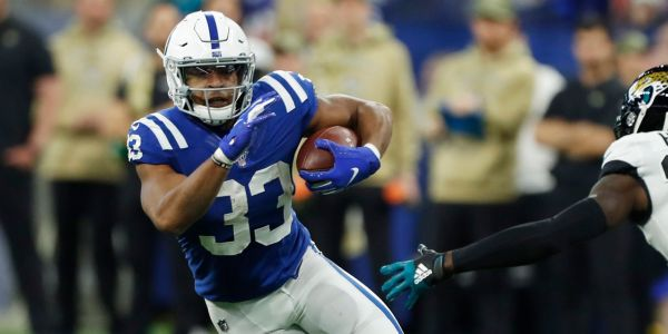 Top 13 waiver-wire pickups for Week 12 of fantasy football