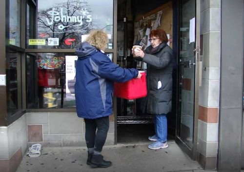 5 for Good: Local diner gives free soup to seniors impacted by coronavirus
