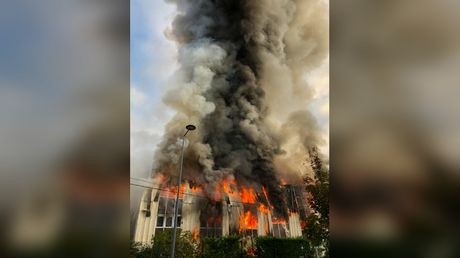 Enormous blaze breaks out at business hub in eastern France, 100 firefighters deployed
