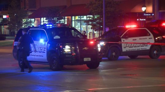 Glendale police officer suffers injuries during high-speed chase
