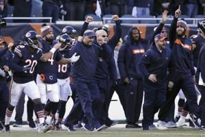 Bears clinch 1st playoff berth since 2010, beat Packers