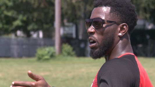 Former NFL player returns 'home' to Waggener