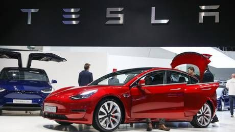 Tesla stock continues to crash as Morgan Stanley adds fuel to the fire