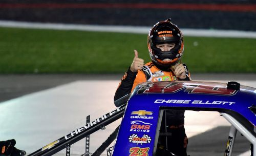 Chase Elliott ends Kyle Busch's NASCAR Truck Series streak, collects $100,000 bounty