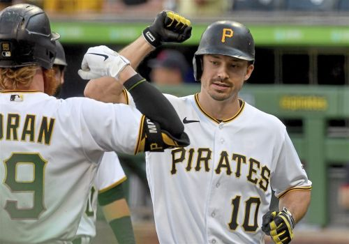 Huge seventh inning gives Pirates second straight win over Clevand, 6-3