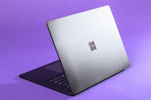 How to change the user on your Windows 10 computer so multiple people can use the same PC