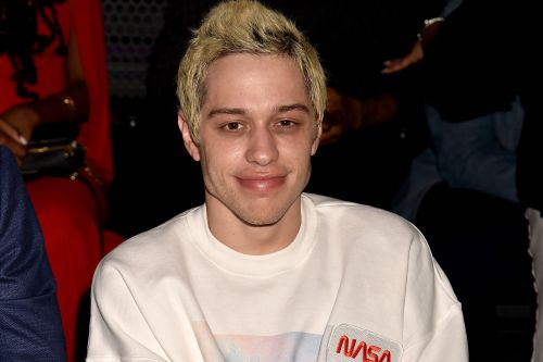 Pete Davidson gets yet another tattoo for Ariana Grande