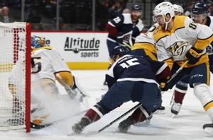 Predators beat Avalanche 4-1, Laviolette earns win No. 600