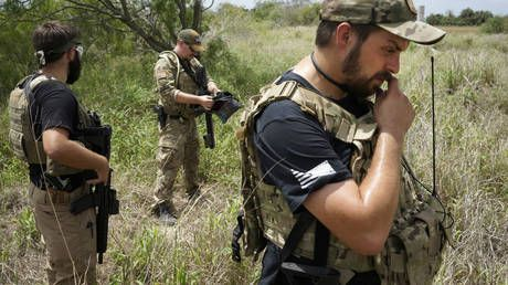 Citizen's arrest or kidnapping? US militias told to stand down after catching 300+ migrants