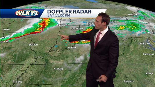 Storms chances strengthen for Father's Day