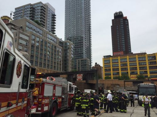 More than 30 people hurt after two buses crash into each other in Lincoln Tunnel