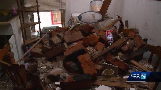 Marshalltown residents look on bright side after tornado