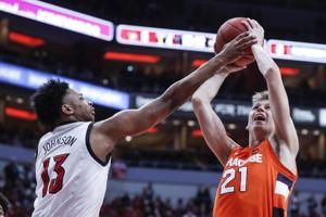 No. 11 Louisville routs Syracuse 90-66 to end 2-game slide