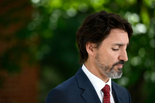 Internal memo reassured Trudeau that virus's economic hit would be 'manageable'