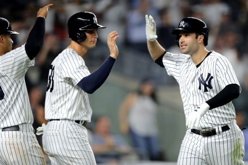 Yankees bats come alive in rain-shortened win over Blue Jays