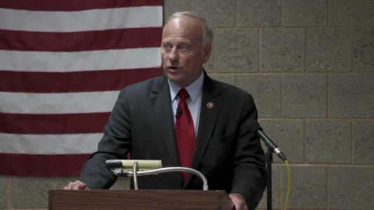 Steve King asks for apology after his incest, rape comments
