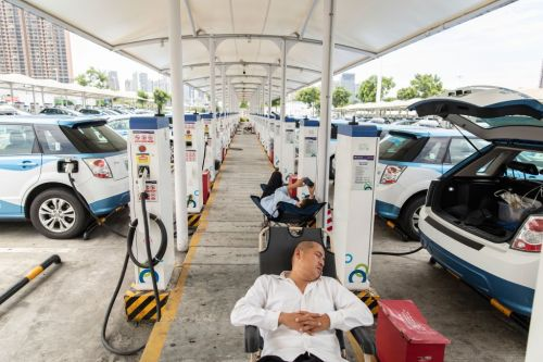 Electric Car Gold Rush: The Auto Industry Charges Into China