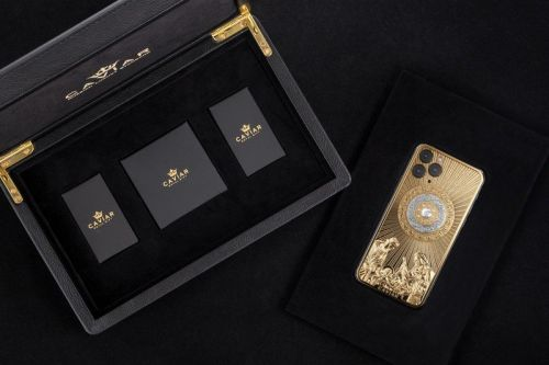 Caviar is at it again, this time with a $140k Christmas iPhone 11 Pro Max