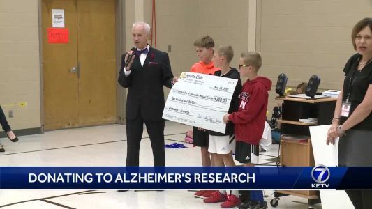 Prairie Lane Elementary students raise money for school, Alzheimer research