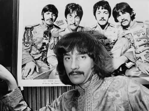 These 22 vintage photos of men with mustaches will make you want the look to have a comeback