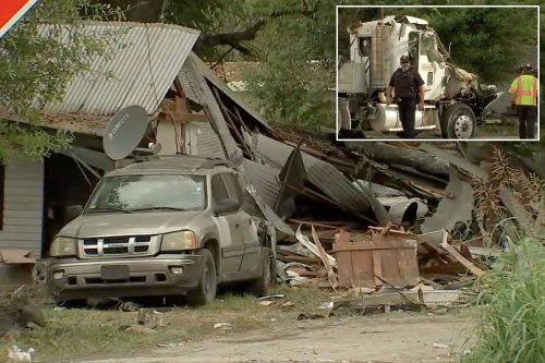 Woman killed after stolen big rig crashes into Texas mobile home