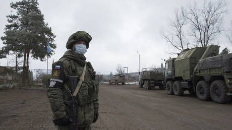 After reports of fresh fighting, Russian peacekeepers tell Armenia & Azerbaijan to observe truce in Nagorno-Karabakh