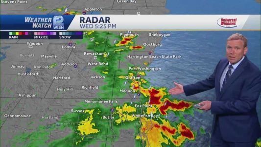 Chicago Weather: Showers, thunderstorms late
