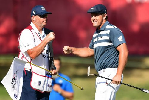 Bryson DeChambeau flexes his new muscles to win at Rocket Mortgage