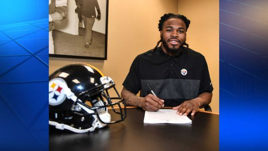 Steelers sign linebacker Mark Barron to two-year deal