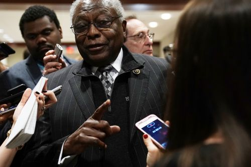 Clyburn poised to endorse Biden in big boost before S.C. primary