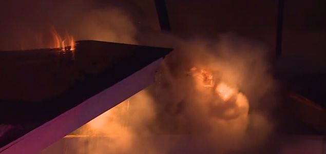 Firefighters battle cold conditions to fight Kansas City fire