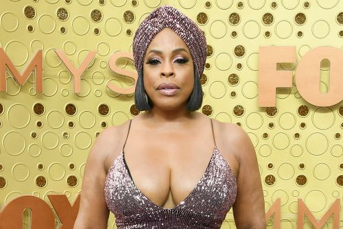 Niecy Nash on cleavage-baring 2019 Emmys dress: 'If it falls out, you're welcome'