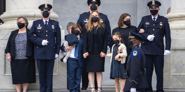Biden, Pelosi, and top lawmakers mourn the loss of Capitol Police officer Billy Evans alongside his wife and two young children