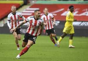Blades, Fulham collect first points of Premier League season