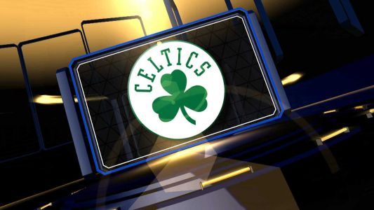 Late rally pushes Hornets over Celtics