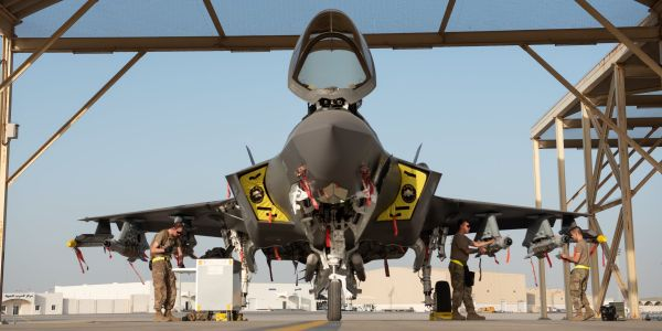 Watch 2 F-35s flex in 'beast mode' on a war mission in the Middle East