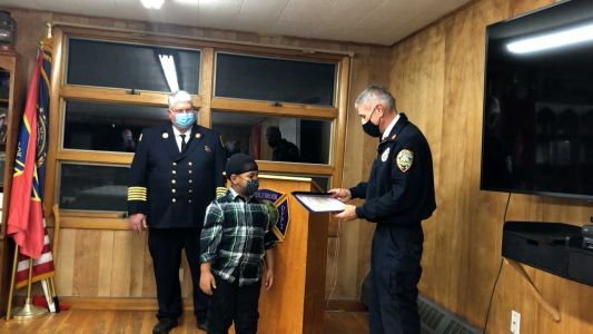6-year-old boy honored for saving lives during apartment fire