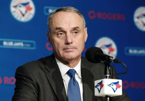 Paul Zeise: MLB owners are taking advantage of players