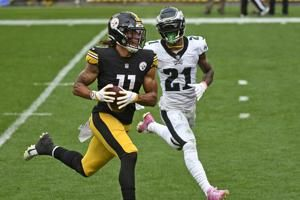 Steelers remain unbeaten, knock off Eagles