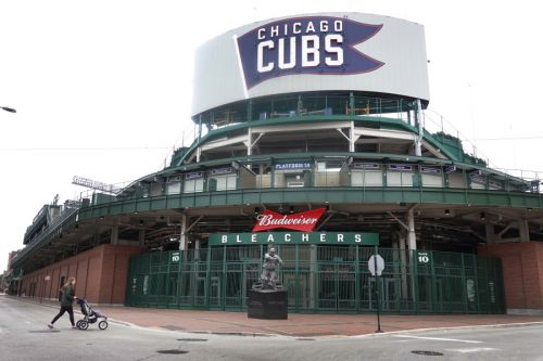 Fans allowed back to Chicago ballparks at 20% capacity starting on Opening Day