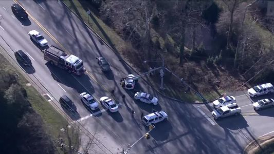 Ambulance, police cars involved in crashes near Hampton
