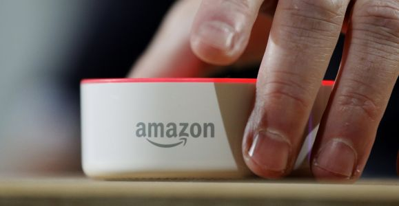 The best ways to contact Amazon for help when you have a problem with your account